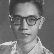 Nguyễn Mạnh Côn, sinh ngày mùng 7 tháng 5 năm Canh Thân (1920) tại Hải Dương, nhưng cư ngụ ở Hà Nội. Năm 1954, ông di cư vào Nam làm việc ở Đài phát thanh Sài Gòn. Sau đó, ông còn viết sách và làm Chủ nhiệm kiêm Chủ bút báo Chỉ đạo (1956-1961), Chủ bút báo Văn Hữu, đồng thời cộng tác với các báo, như: Tia sáng, Tin mai... Sau 30 tháng 4 năm 1975, Nguyễn Mạnh Côn bị chính quyền mới bắt đi học tập cải tạo, và mất ngày 1 tháng 6 năm 1979 khi còn ở trong trại (theo website Văn Chương Việt). Việt Minh, Ngươi Đi Đâu? (1957). Đem Tâm Tình Viết Lịch Sử (1958). Kỳ Hoa Tử (1960). Truyện Ba Người Lính Nhảy Dù Lâm Nạn (1960). Lạc Đường Vào Lịch Sử (1965). Con Yêu Con Ghét (1966). Mối Tình Màu Hoa Đào (1967). Giấc Mơ Của Đá (1968). Tình Cao Thượng (1968). Đường Nào Lên Thiên Thai? (1969). Hòa Bình...Nghĩ Gì...Làm Gì (1969). Sống Bằng Sự Nghiệp (1969). Yêu Anh Vượt Chết (1969).
