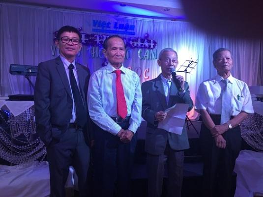 Ban giám khảo giải Thơ Văn Việt Luận Úc Châu