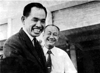 180 9 Ông Khai Trí và nhà biên soạn tự điển Nguyễn Văn Khôn